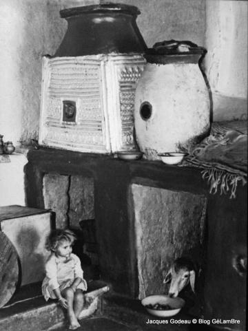 Kabylie_Ikoufan_ph-Jacques-GODEAU-1975.jpg